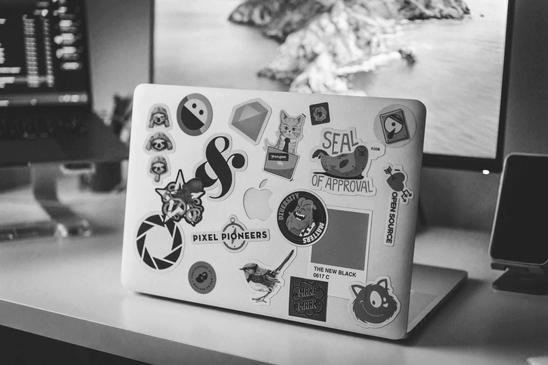 Laptop-Sticker bw